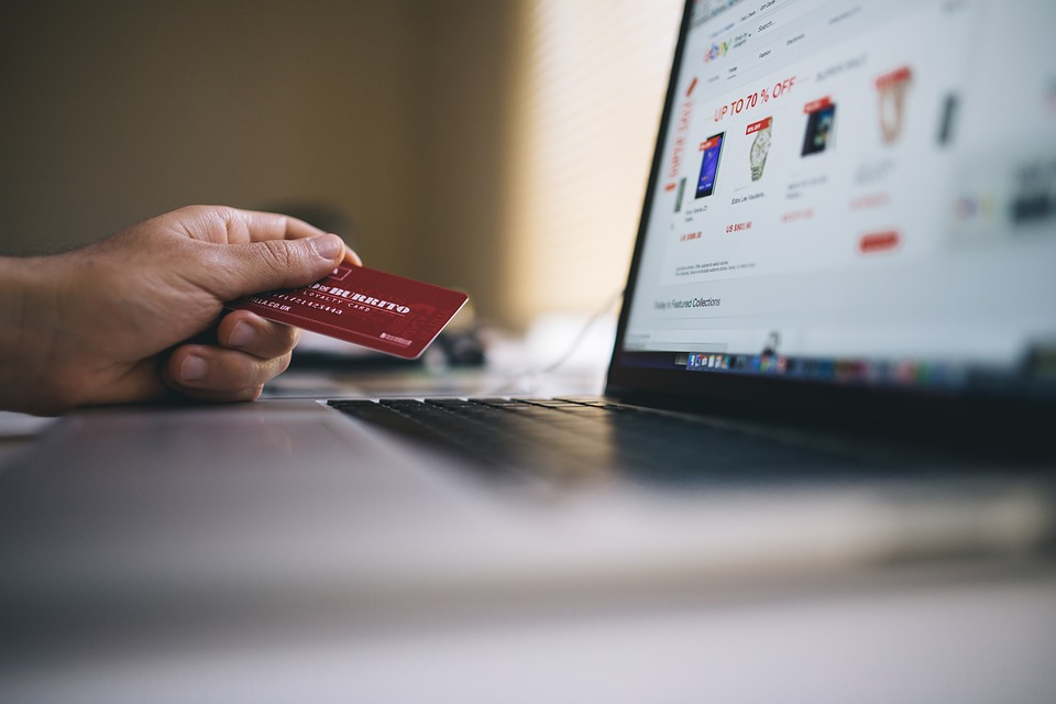 blogging can help you boost your e-commerce sales